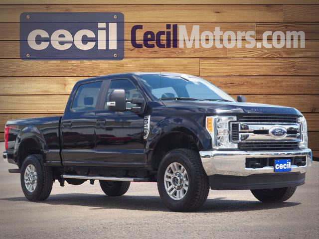 Pre-Owned 2017 Ford F-250 Super Duty XL