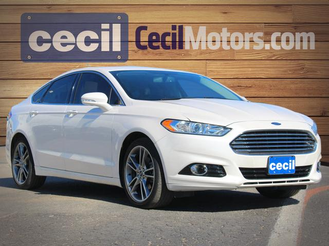 the review ford pool dips energi in roadshow car electric auto fusion foot